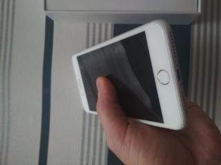 Продам Iphone 7+128 гб
