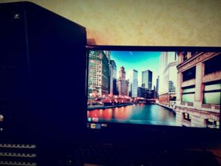 Intel Pentium E5700 2x3000GH/320-HDD/4GB озу/Монитор ЖК19д 1366*768