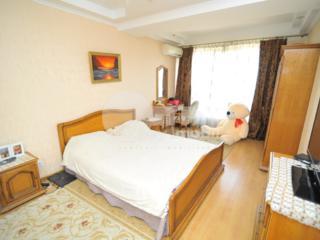 Vă propunem spre chirie apartament excelent cu 2 camere, amplasat ...