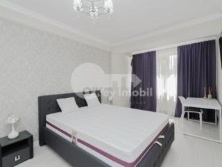 Se oferă spre chirie apartament în sectorul Centru, strada Ismail. ...