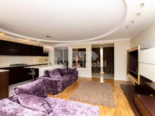 Vă propunem spre c hirie apartament superb cu 3 camere. Amplasat ...