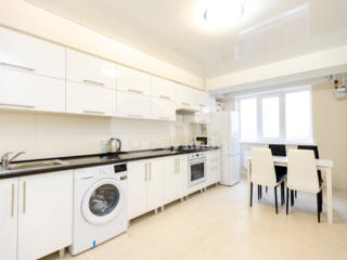 Vă propunem spre chirie apartament modern amplasat în centrul ...