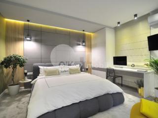 Se oferă spre chirie apartament superb de lux, cu o priveliște ...
