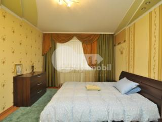Se oferă spre chirie un apartament spațios în sectorul Buiucani al ...