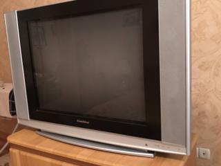 Продам телевизор в хорошем состоянии 800 р