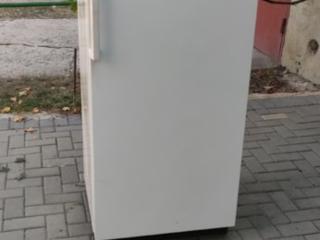 Морозильник AEG