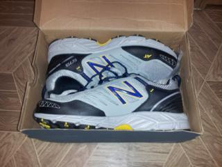 Продам новые кроссовки New Balance оригинал р-р 44,5 EU (10,5 US)