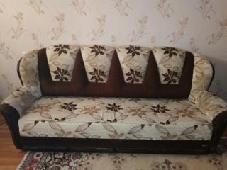 Продам набор мягкой мебели