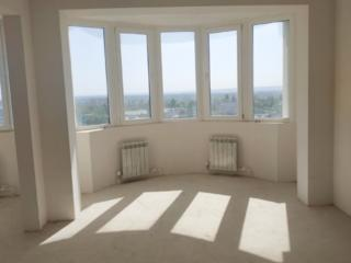 Продается 4-х комнатная квартира на Балке!!!