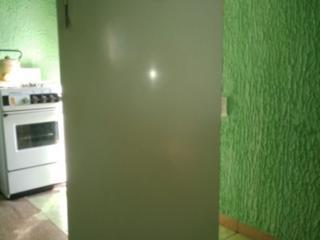 Продам холодильник Днепр 660 р. Минск 800 р. Сименс 2-х кам. 1200р