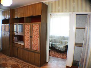 Se vinde apartament cu 2 odai, in apropiere de piata Flacara!