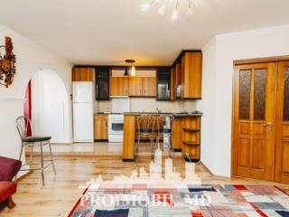 Spre chirie apartament, situat la etajul 4 din 5, Centru, str. ...