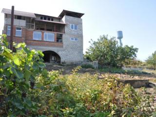 Костюжены, недостроенный дом на 18 сотках