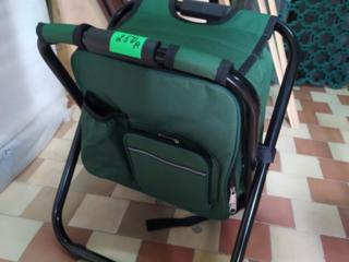 Продам стульчик-рюкзак новый, 250 рублей.