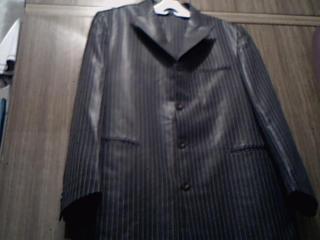Мужской чёрный в полоску костюм, 48-50 (Новый)