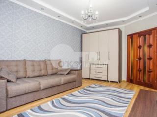 Vă propunem spre chirie apartament amplasat în sectorul Buiucani. ...