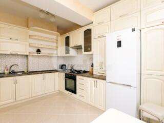 Vă propunem spre chirie apartament cu 3 camere, amplasat în ...