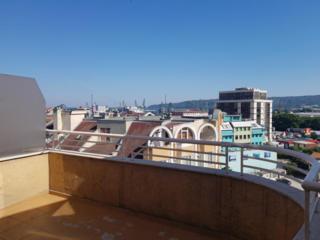 Квартира с террасой на крыше и видом на море в центре ВарныЦена ...