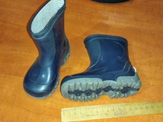 Зимняя и осенне-весенняя обувь на мальчика и девочку