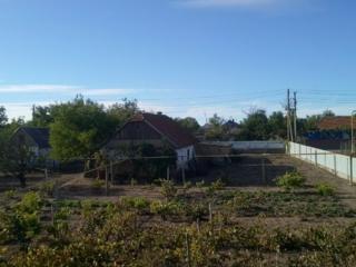 Продается дом, рядом летняя кухня с подвалом