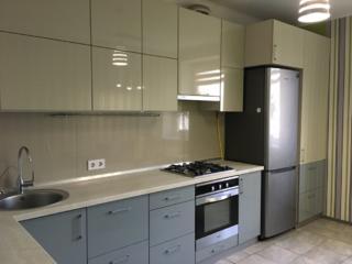 Продается 2-комнатная квартира с ремонтом ул. Старицкого/ Щорса