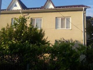 Продаётся 2-х этажный дом с автономным отоплением 150 кв. м. в городе