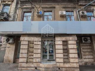 Se dă în chirie spațiu comercial, amplasat pe str. Bănulescu Bodoni. .