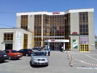 Se dă în chirie spațiu comercial, amplasat pe strada Cucorilor, ...
