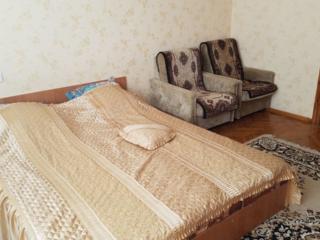 Сдаётся 2-комнатная квартира в центре. 300 руб. сутки