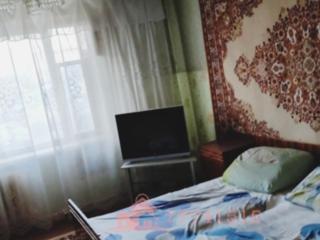 3-комн квартира, Центр, м-н Монарх, 6/9, 143 серия, под ремонт