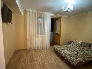 Bălți. Apartament două camere. Se dă pe săptămîni, zile, nopți și ore