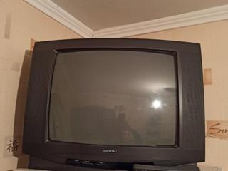 Продам цветной телевизор, недорого.