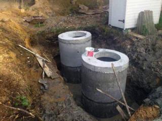 Копаем канализации траншеи доставка бетонных колец водопровод канализации