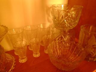 Продам красивый хрусталь советского качества: вазы, ладьи и многое др.