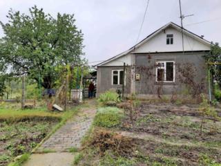 Продается дом 3 комнаты 50 кв. м. территория 15 соток. Газовое печное