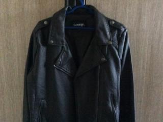 Продам куртку. Привезена из Канады