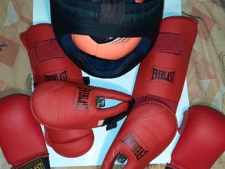 Шлем защита бокс борьба спорт