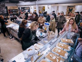 Сдаются коммерческие площади в ТЦ MARMELAD под продукты питания