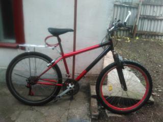 Продам велосипед новая резина новый багажник новая кулиса задняя