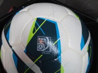 Футбольный мяч Nike MAXIM (оригинал) 1500 руб