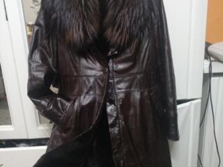 Распродажа верхней одежды и не только. 500 руб