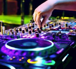 DJ/sonorizare-cumetrie/zi de nastere/nunta/diferite aniversari