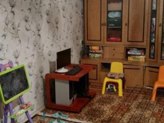Продам 2 комнатную на балке, 4/9 эт, не угловая.