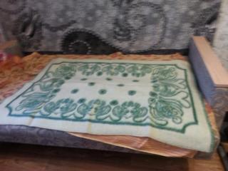 Продам детское верблюжье одеяло (шерсть открытая) размер 1,5х1 м б\у