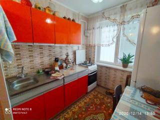 Продам 2-ком. квартиру в Днестровске + гараж. 3/5