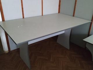 Продам столы в очень хорошем состоянии, дешево!