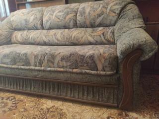 Продам диван, не раскладной.