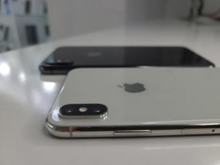 iPhone SE 2020 * iPhone Xr * Xs Max * iPhone X * iPhone Xs *