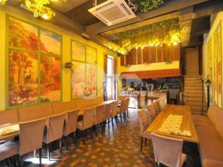Se oferă spre chirie spațiu comercial ( restaurant ), amplasat în ...