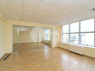 Business Centru IPTEH vă propune spre locațiune spații comerciale ...